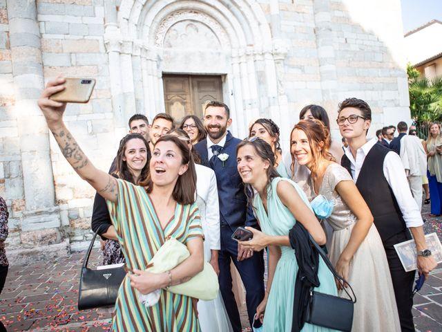 Il matrimonio di Dario e Alessandra a Lonato del Garda, Brescia 25