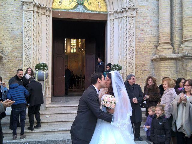 Il matrimonio di Fabrizio e Sarah a Pescara, Pescara 10