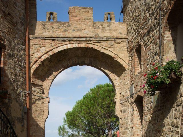 Il matrimonio di Gianni e Elisa a Cinigiano, Grosseto 6