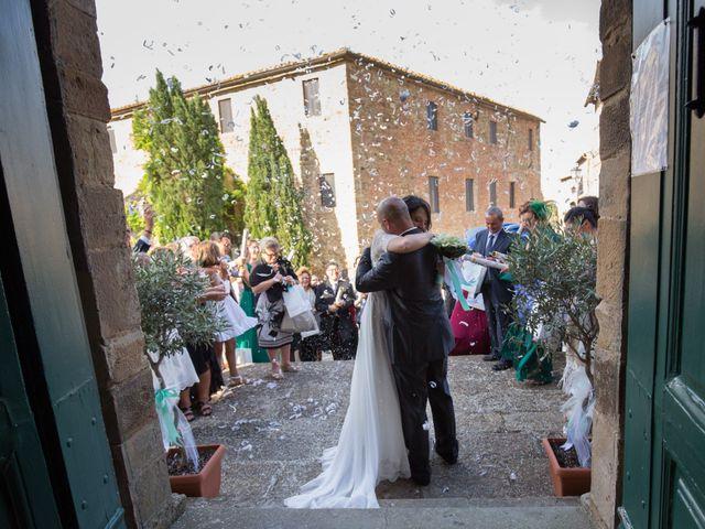 Il matrimonio di Gianni e Elisa a Cinigiano, Grosseto 13