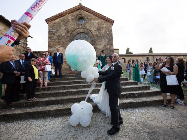 Il matrimonio di Gianni e Elisa a Cinigiano, Grosseto 14