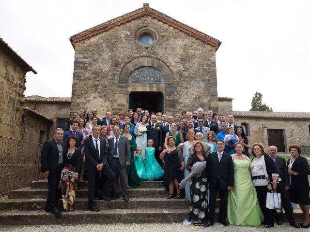 Il matrimonio di Gianni e Elisa a Cinigiano, Grosseto 17