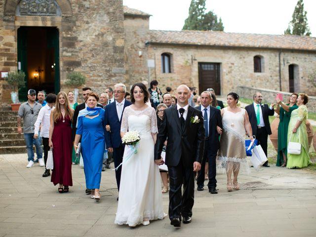 Il matrimonio di Gianni e Elisa a Cinigiano, Grosseto 20