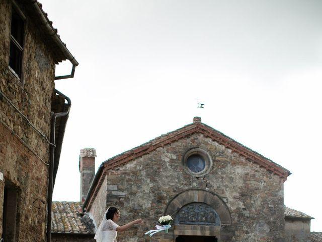 Il matrimonio di Gianni e Elisa a Cinigiano, Grosseto 21