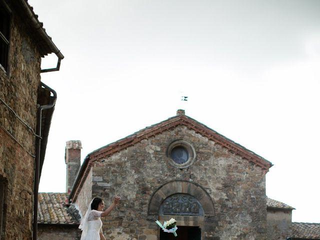 Il matrimonio di Gianni e Elisa a Cinigiano, Grosseto 22