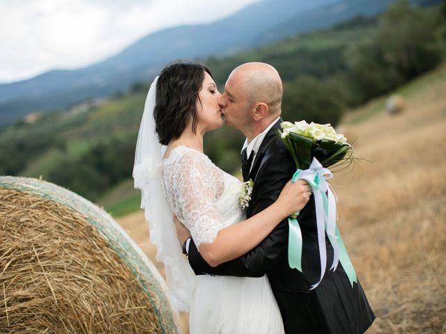 Il matrimonio di Gianni e Elisa a Cinigiano, Grosseto 27