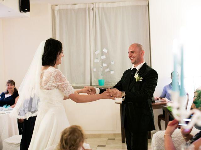 Il matrimonio di Gianni e Elisa a Cinigiano, Grosseto 37