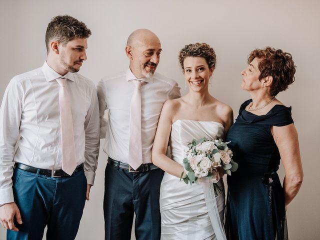 Il matrimonio di Abra e Nik a Malgrate, Lecco 44