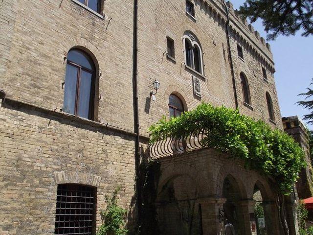 Il matrimonio di Filippo e Vinnie a Gubbio, Perugia 7