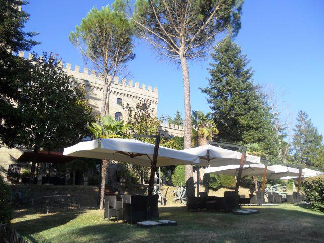 Il matrimonio di Filippo e Vinnie a Gubbio, Perugia 11