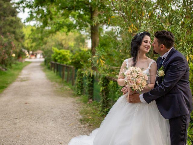 Il matrimonio di Dario e Alexa a Ravenna, Ravenna 15