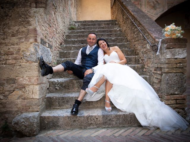 Il matrimonio di Massimiliano e Romina a San Gimignano, Siena 1