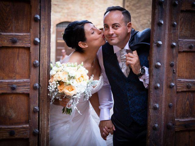 Il matrimonio di Massimiliano e Romina a San Gimignano, Siena 18