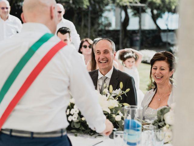 Il matrimonio di Vittorio e Donatella a Orta San Giulio, Novara 14