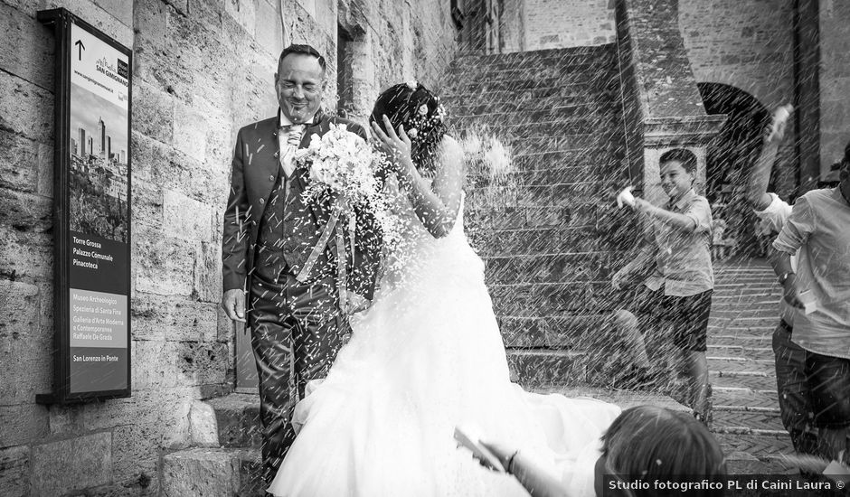 Il matrimonio di Massimiliano e Romina a San Gimignano, Siena