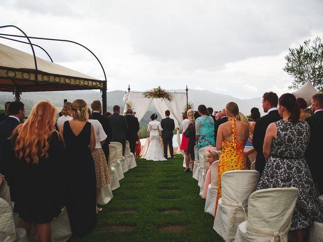 Il matrimonio di Jani e Tina a Bibbiena, Arezzo 28
