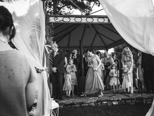 Il matrimonio di Jani e Tina a Bibbiena, Arezzo 29
