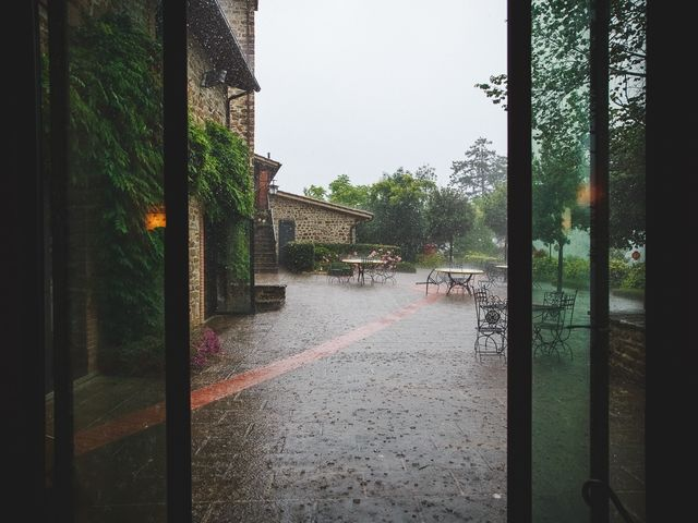 Il matrimonio di Jani e Tina a Bibbiena, Arezzo 42