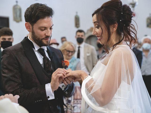 Il matrimonio di Enrico e Laura a Mogliano, Macerata 18