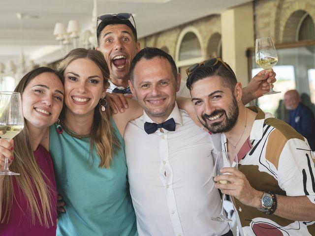 Il matrimonio di Enrico e Laura a Mogliano, Macerata 37
