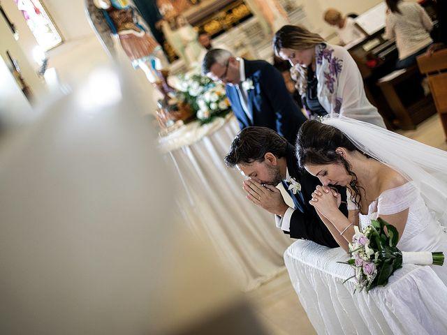 Il matrimonio di Andrea e Loretta a Lesina, Foggia 15