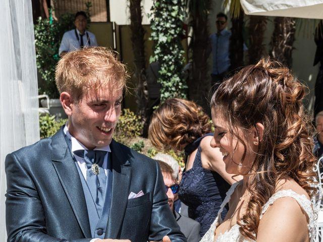 Il matrimonio di Valentino e Roberta a Valmadrera, Lecco 9