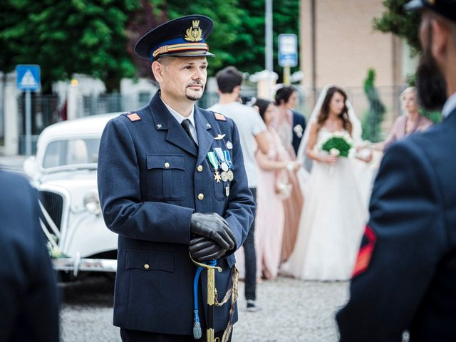 Il matrimonio di Giuseppe e Marika a Santa Maria di Sala, Venezia 38