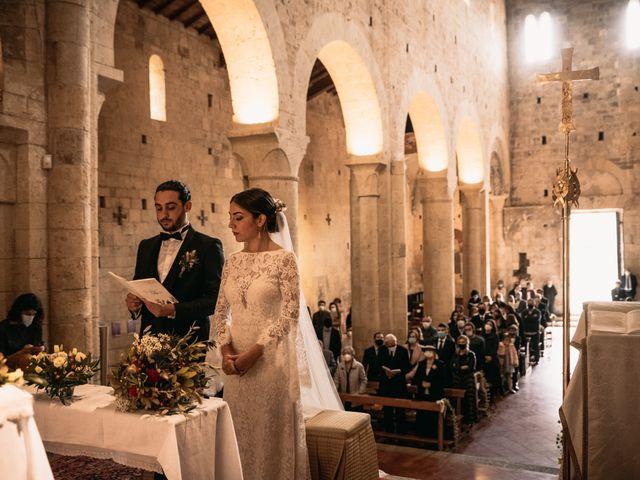 Il matrimonio di Agnese e Tommaso a Monteriggioni, Siena 60
