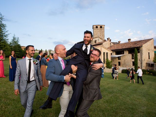 Il matrimonio di Matteo e Cristina a Varzi, Pavia 41