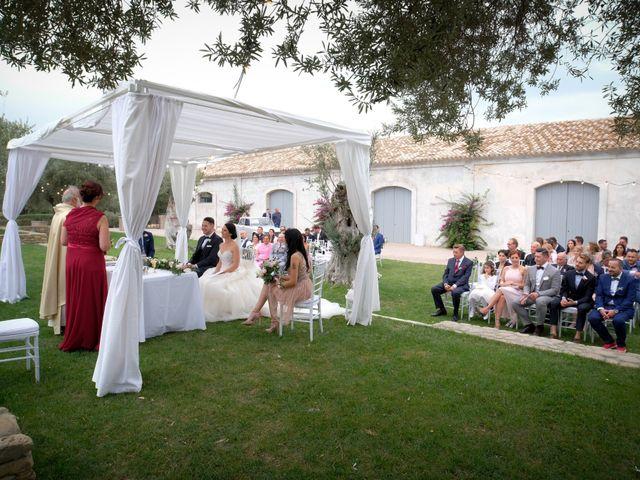 Il matrimonio di Fabian e Ramona a Cirò Marina, Crotone 27