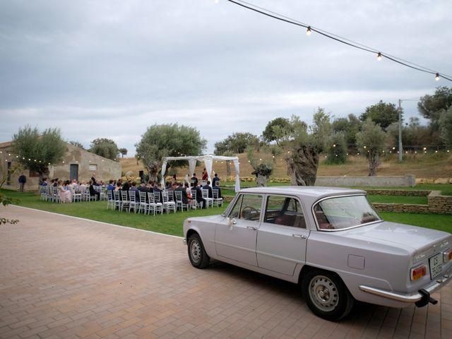 Il matrimonio di Fabian e Ramona a Cirò Marina, Crotone 28