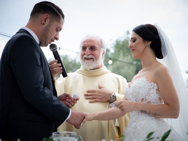 Il matrimonio di Fabian e Ramona a Cirò Marina, Crotone 30