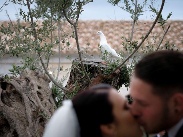 Il matrimonio di Fabian e Ramona a Cirò Marina, Crotone 33