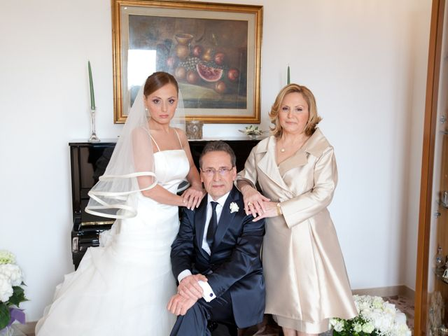 Il matrimonio di Salvatore e Rosaria a Torre del Greco, Napoli 14