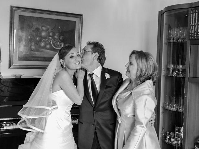 Il matrimonio di Salvatore e Rosaria a Torre del Greco, Napoli 17