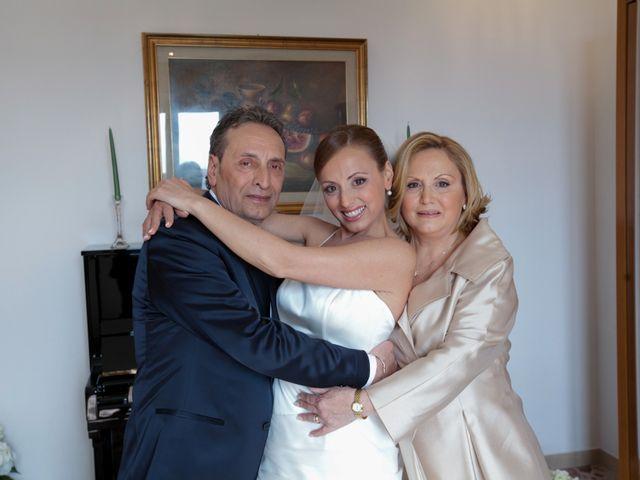 Il matrimonio di Salvatore e Rosaria a Torre del Greco, Napoli 18