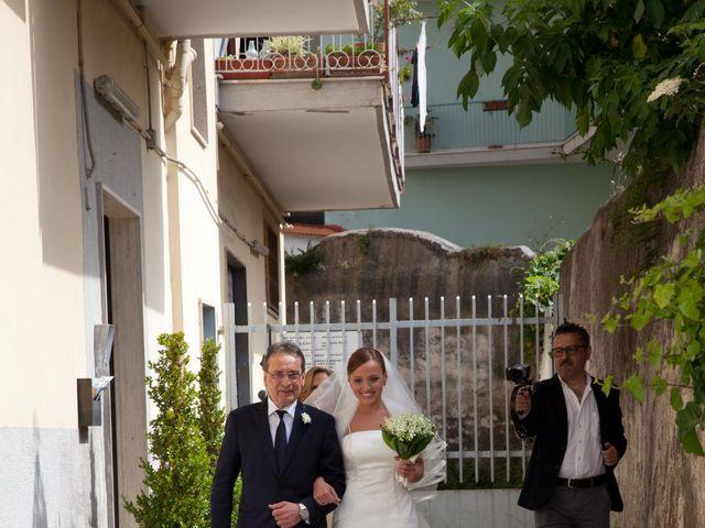 Il matrimonio di Salvatore e Rosaria a Torre del Greco, Napoli 19