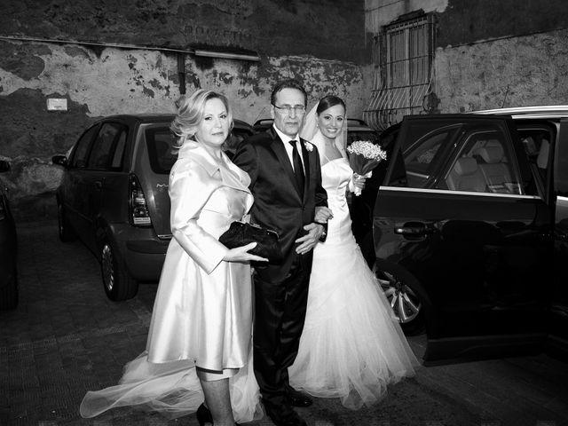 Il matrimonio di Salvatore e Rosaria a Torre del Greco, Napoli 20