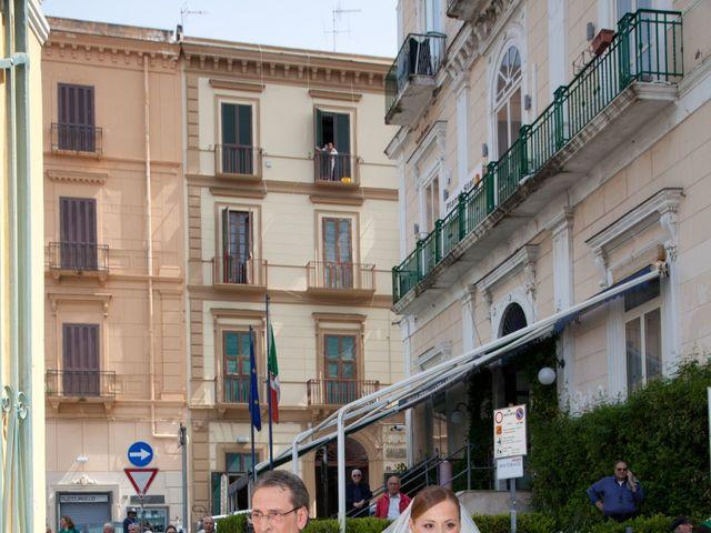 Il matrimonio di Salvatore e Rosaria a Torre del Greco, Napoli 21