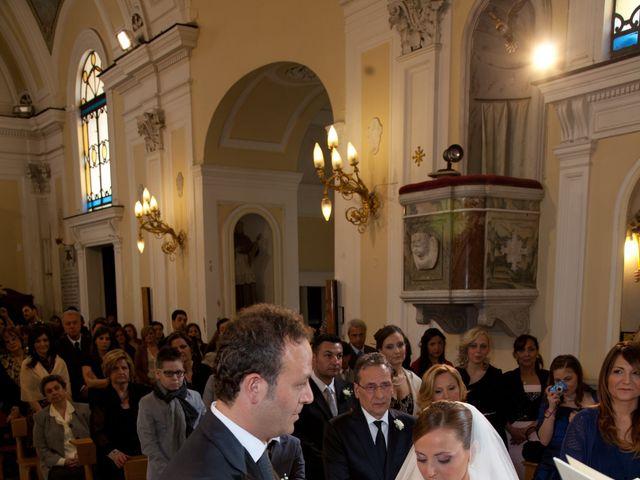 Il matrimonio di Salvatore e Rosaria a Torre del Greco, Napoli 31