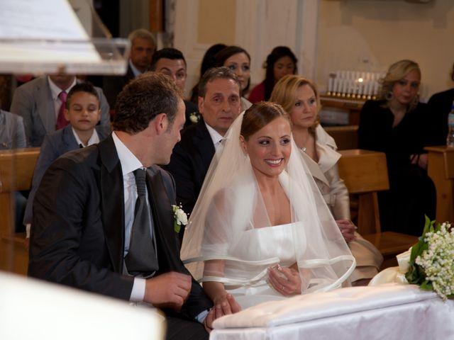 Il matrimonio di Salvatore e Rosaria a Torre del Greco, Napoli 33