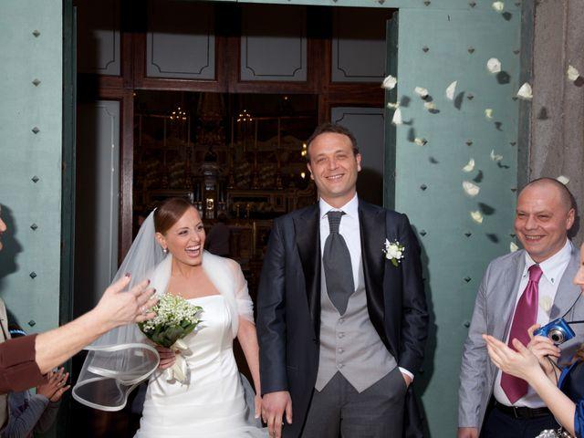 Il matrimonio di Salvatore e Rosaria a Torre del Greco, Napoli 34