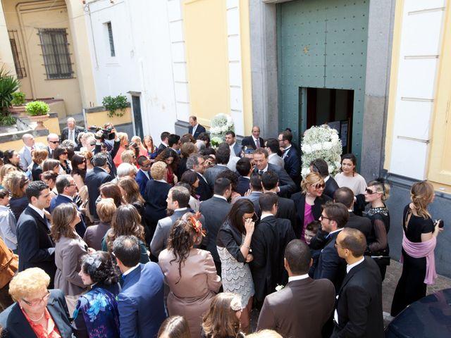 Il matrimonio di Salvatore e Rosaria a Torre del Greco, Napoli 36