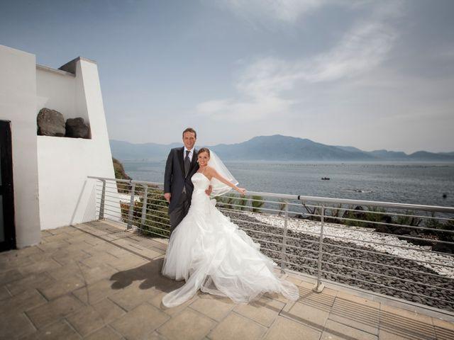 Il matrimonio di Salvatore e Rosaria a Torre del Greco, Napoli 39