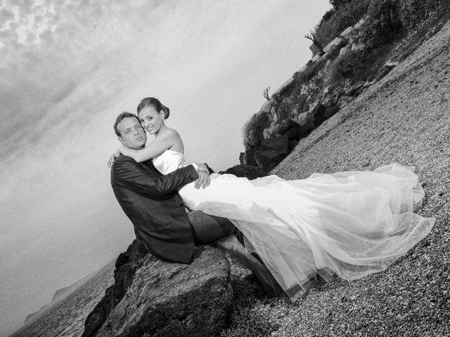 Il matrimonio di Salvatore e Rosaria a Torre del Greco, Napoli 52