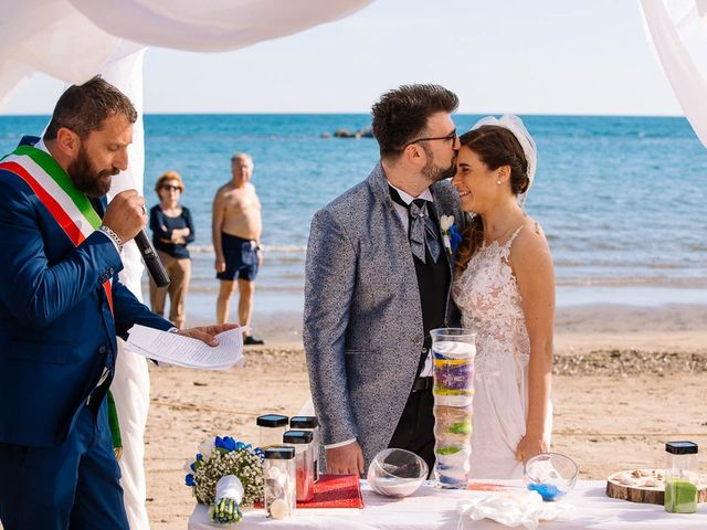 Il matrimonio di Devid e Giulia a Follonica, Grosseto 20