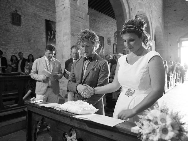 Il matrimonio di Gabriele e Laura a Tavarnelle Val di Pesa, Firenze 64
