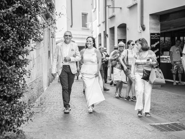 Il matrimonio di Gas e Sofie a Sirmione, Brescia 34