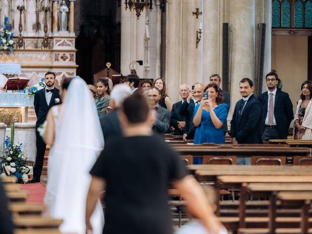 Il matrimonio di Stefano e Mariangela a Cantù, Como 23