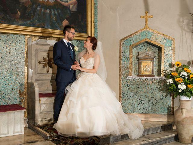 Il matrimonio di Mattia e Cristina a Pettenasco, Novara 20